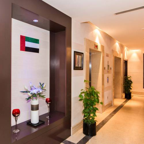 Lobby Hotel Suha Apartments